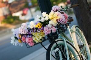 FlowersWeb – служба доставки цветов и подарков